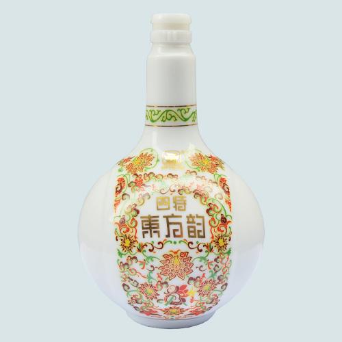乳白烤花陶瓷瓶